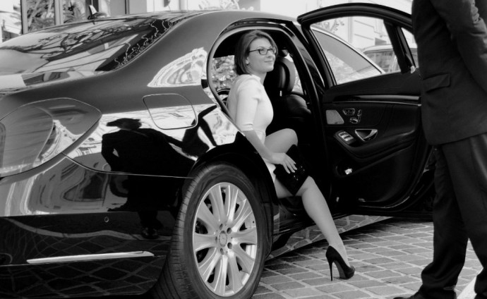 Toronto Luxury Chauffeured Car Services