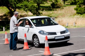 How to Find the Best Driving School for Safe Driving